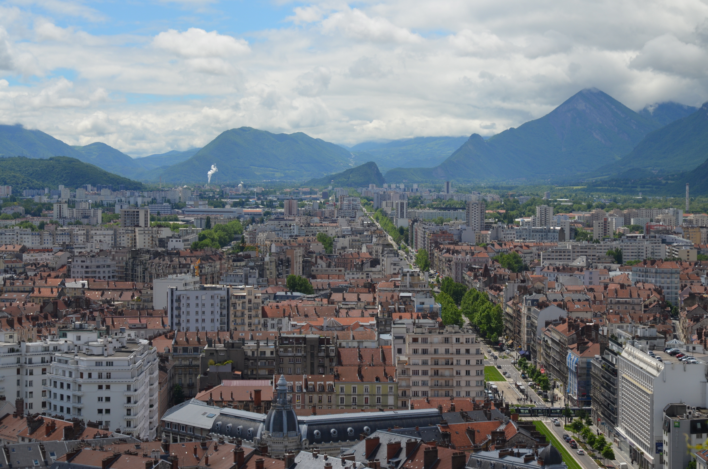 Grenoble INP le cadre grenoblois