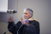 Pravin Varaiya lors de son discours