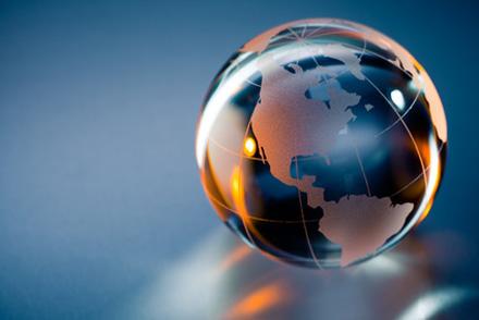 10% des diplômés de Grenoble INP trouvent un premier emploi à l'étranger