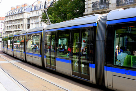 Tram (Fotolia© Bred&Co)