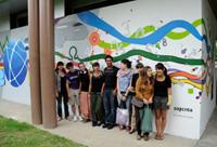 Une fresque murale haute en couleurs