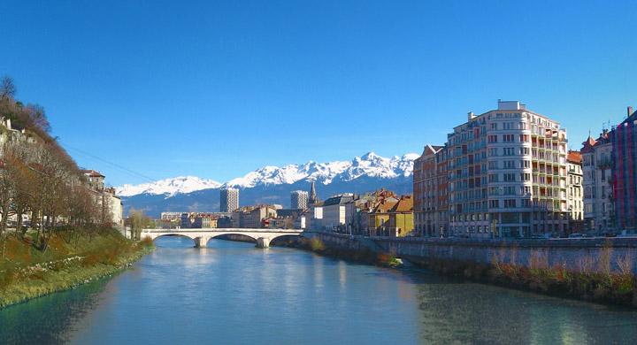 Ville de Grenoble - Fotolia - Carrousel 720x390 - ville-grenoble-carrousel_2.jpg
