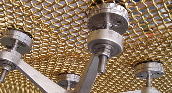 Grenoble INP accueille une machine XPS